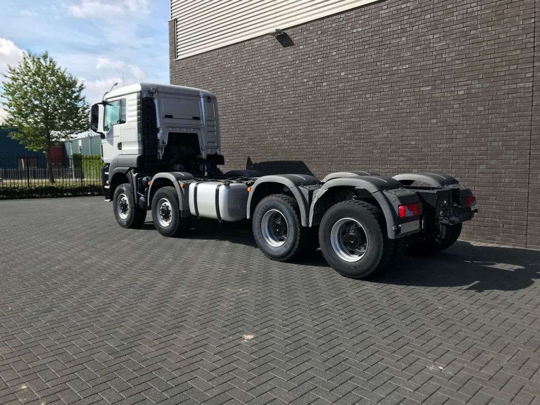 chassis cabine vrachtwagen MAN TGS 41 8X6 TIPPER CHASSIS