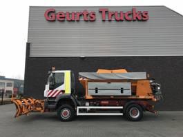 strooiwagen vrachtwagen Iveco TRAKKER 4X4 WINTERDIENST