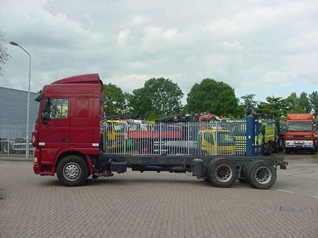 chassis cabine vrachtwagen DAF 105.460 EURO 5 6X2 MANUAL GEARBOX 2010