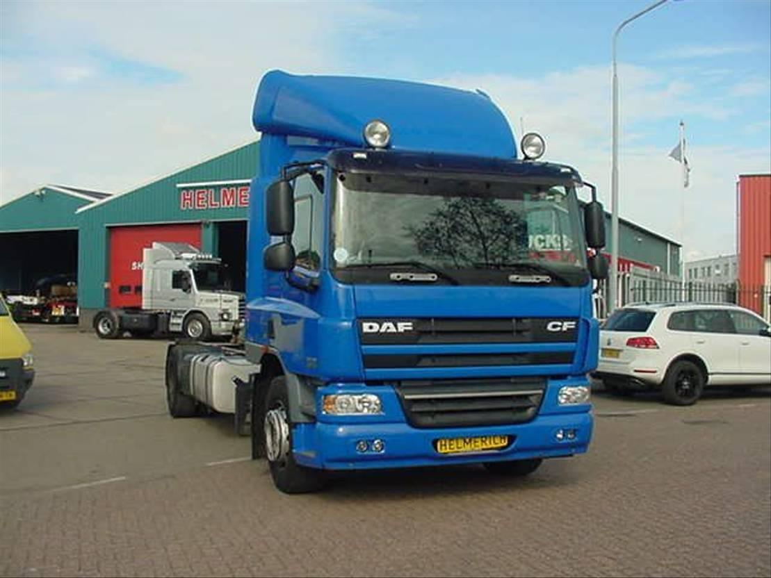 chassis cabine vrachtwagen DAF 75 CF 250 EURO 5 EEV 2009