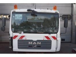 cabine - cabinedeel vrachtwagen onderdeel MAN F99L17 TGA 2005