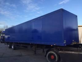 gesloten opbouw oplegger Schmitz Cargobull 2 assen Tridec gestuurd volledig chassis laadklep alluminium vloer