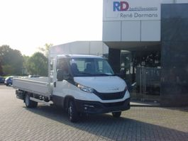 platform bedrijfswagen Iveco Daily 35-180 / 35C18 met open laadbak 3,0 LITER - EURO 6D - UIT VOORRAAD LEVER... 2020