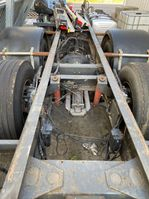 chassis vrachtwagen onderdeel Scania 143 6x2 bladgeveerd chassis 1989