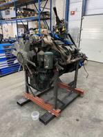 motor vrachtwagen onderdeel Scania 143 engine 420/450