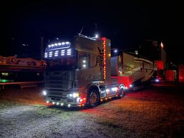 standaard trekker Scania 164 – V8 – 580 PS – Topline – Fullair - R164LA4x2 2001