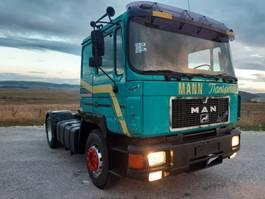 standaard trekker MAN 19.422 4X2 tractor unit - perfect 1992