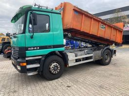 containersysteem vrachtwagen Mercedes-Benz 1843 Actros Containerstysteem 2001