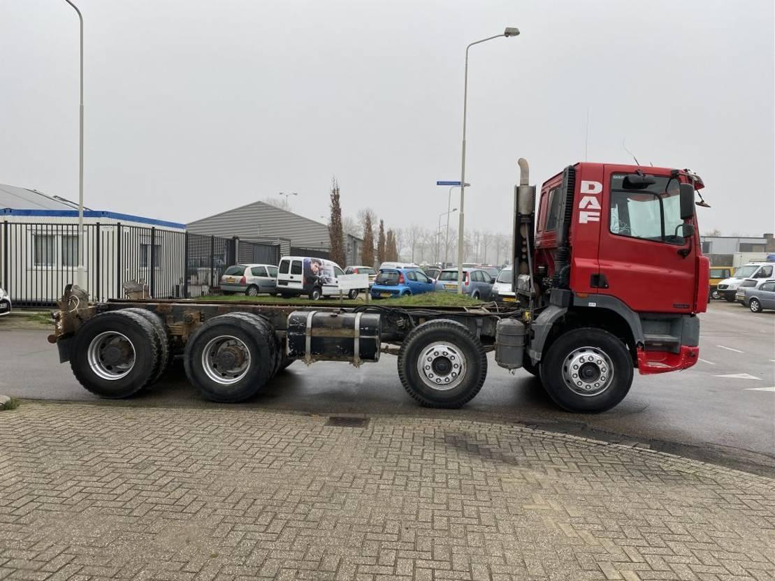 chassis cabine vrachtwagen DAF 85. 8 x 4 1997