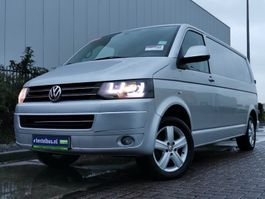 gesloten bestelwagen Volkswagen Transporter 2.0 TDI 180 edition l2h1, ai 2012