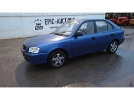 hatchback auto Hyundai Accent 1.3i GL 2003