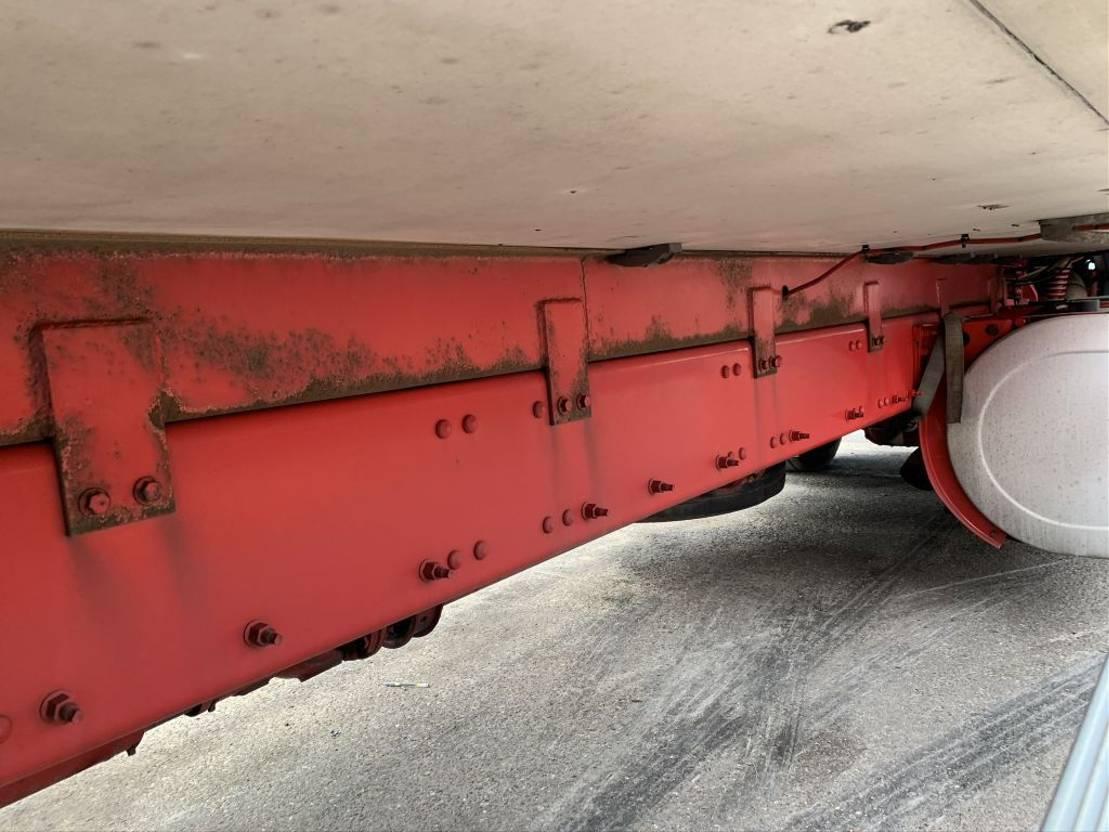 koelwagen vrachtwagen Volvo FM 330 - CARRIER SUPRA 1000 Multi-Temperature - 3 compartiments / 3 zonen - VERY CLEAN TRUCK / SEHR GEPFLEGT 2013