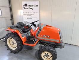 standaard tractor landbouw Kubota Aste 17