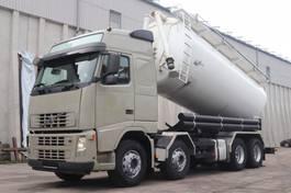 tankwagen vrachtwagen Volvo FH12.420  8x4 Silo 24.000l Kompressor Retarder 2005