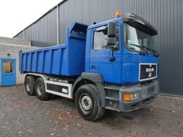 kipper vrachtwagen > 7.5 t MAN 33 403 EURO 2 KIPPER/TREKKER 235000 km GROS PONTS/BIG AXLES  RETARDER 1997