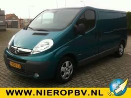 gesloten bestelwagen Opel Vivaro 2.5cdti 107KW L2 AIRCO 2010