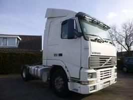 standaard trekker Volvo FH 12 FH12 420 4x2 Truckhead 2001
