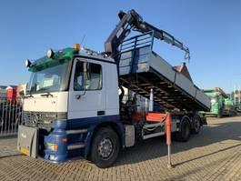 kipper vrachtwagen > 7.5 t Mercedes-Benz Actros 2631 Tipper HMF 2003 crane 2001