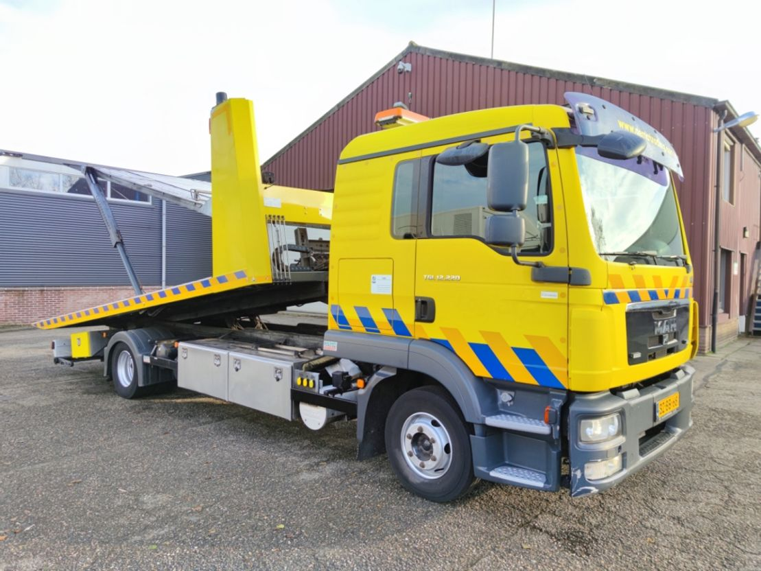 takelwagen-bergingswagen-vrachtwagen MAN TGL 12 4X2 Dubbele cabine Euro 5 - DGT 5502 - Ramsey lier (V319) 2011