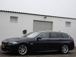 stationwagen BMW 520i Touring M-Sportpaket Klima Navi Xenon Leder 2013