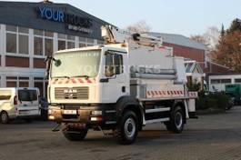 autohoogwerker vrachtwagen MAN TGM 18.240 Allrad 4x4 Bühne 17m/2 Per.Korb 265kg 2008