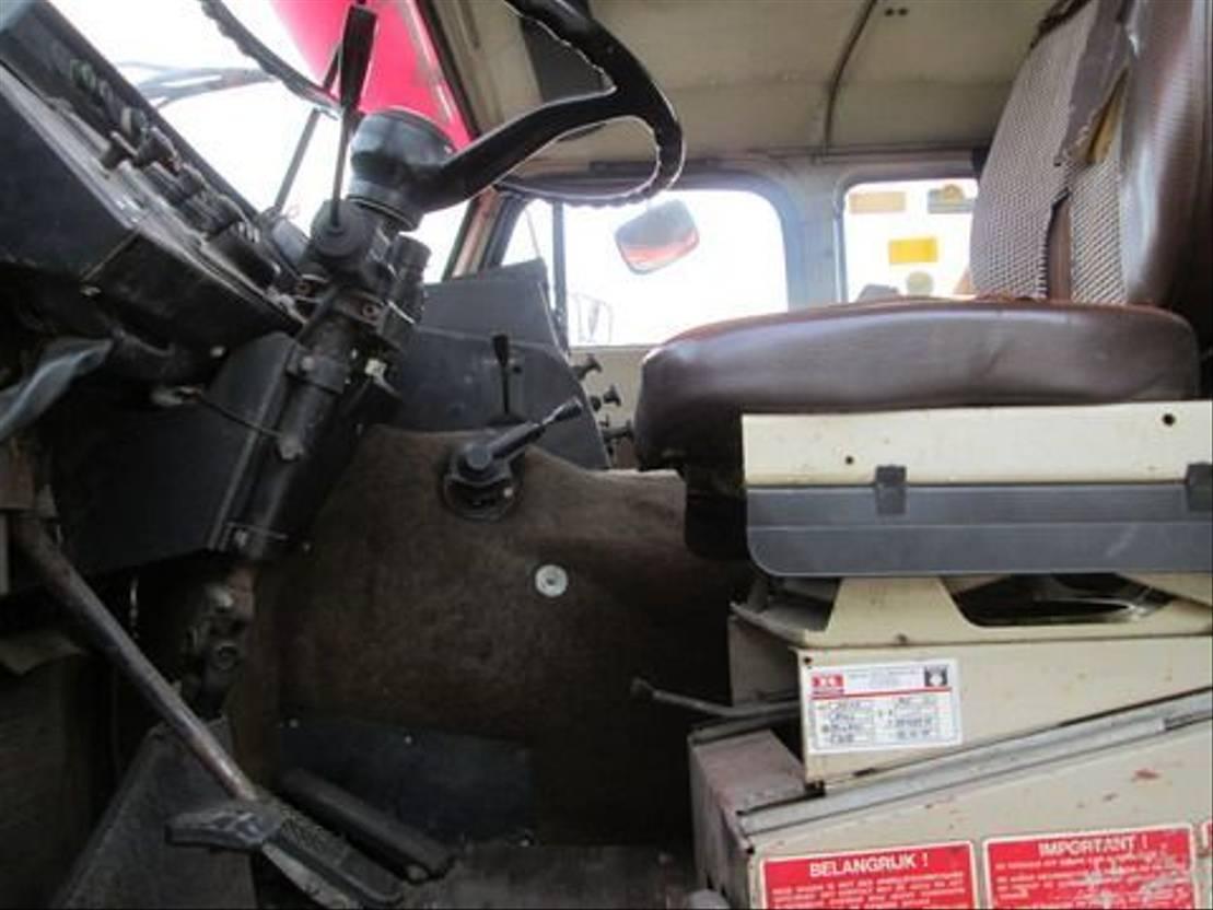 autotransporter vrachtwagen Volvo F 88 1977