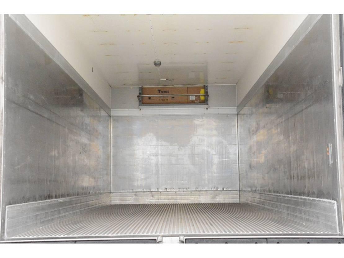 koelwagen vrachtwagen Volvo FL 280 2009