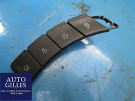Elektra vrachtwagen onderdeel Iveco Lichtschalter 24V 5801307776 2015