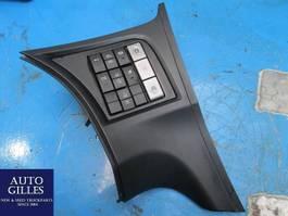 Elektra vrachtwagen onderdeel Iveco Stralis Schalttafel 504309883 / 504362202 2015