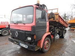 kipper vrachtwagen > 7.5 t Renault kipper met Hiab 070 kraan