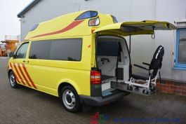 ambulance bedrijfswagen Volkswagen T5 2.5 TDI Ambulance Mobile RTW Scheckheft 1.Hd 2008