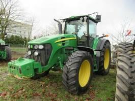 standaard tractor landbouw John Deere 7730 2009