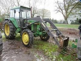 standaard tractor landbouw John Deere 3130 LS mit Frontlader Stoll 1977