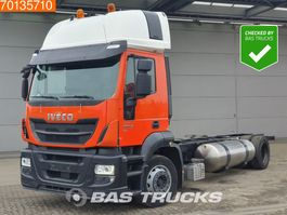 chassis cabine vrachtwagen Iveco Stralis 400 AT400S33 Hi-Street 4X2 LNG Gas Maut-free! 2x tanks Euro 6 2017