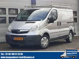 gesloten bestelwagen Opel Vivaro 2.0 CDTI L+R Schuifdeur - Imperiaal - Airco - 3 zits 2011