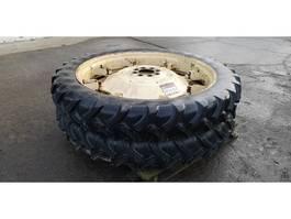 Wielen- met bandenset vrachtwagen onderdeel Michelin 230/95 R44