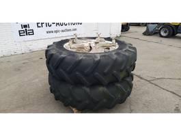 Wielen- met bandenset vrachtwagen onderdeel Michelin 16.9 R34 BIB X