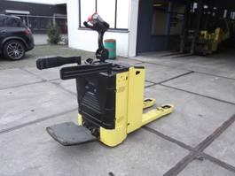 pallettruck Hyster P2.0SE 2015