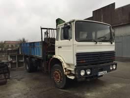 kipper vrachtwagen > 7.5 t Renault DG Basculante + grúa 1991