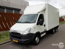 gesloten bestelwagen Iveco Daily 35S15 met extra 750 kg as voor rijbewijs B 2014