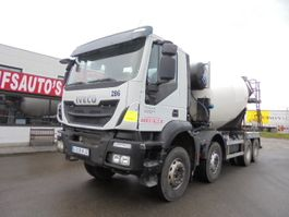 betonmixer vrachtwagen Iveco TRAKKER 400 EURO 6 2018
