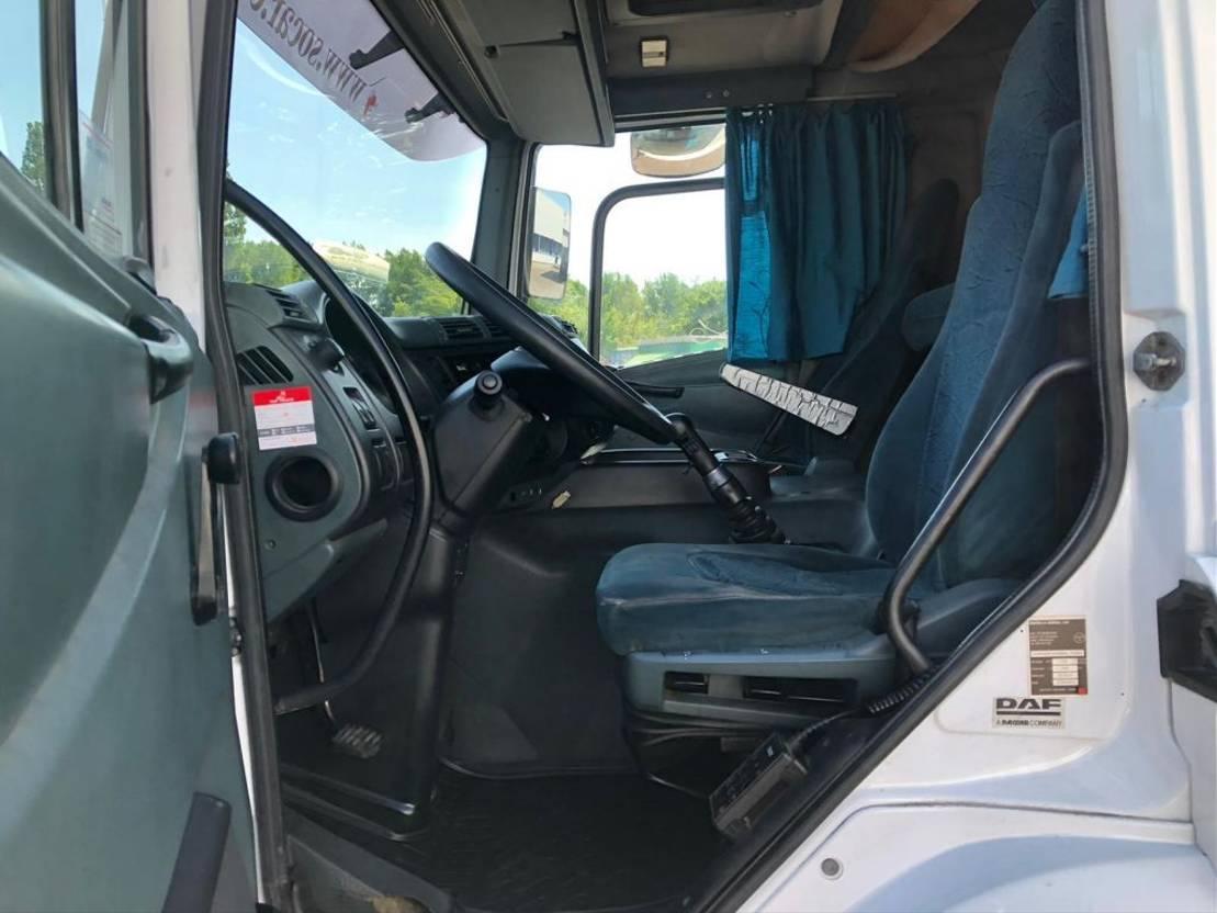 koelwagen vrachtwagen DAF CF 310 6X2 / Manual-Gearbox / Euro 3 Engine / FRIGO  (TEN TIRES) 2003