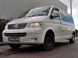 gesloten bestelwagen Volkswagen Transporter 2.5 TDI 2010