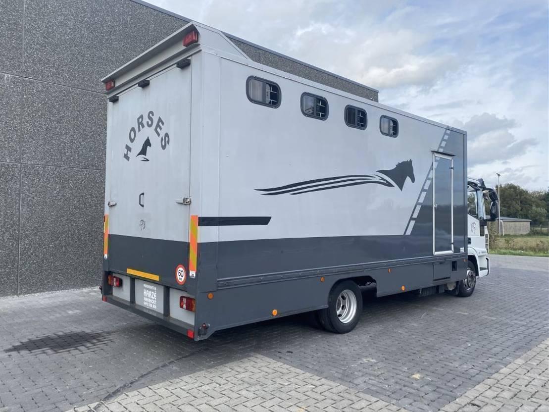 paardenvrachtwagen Iveco EUROCARGO 120EL22 2011
