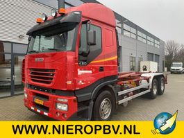 containersysteem vrachtwagen Iveco 260/480 Airco AJK Haakarm systeem Autosmeering 2004