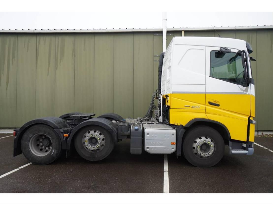 gevaarlijke stoffen trekker Volvo FH 420 6X2 ADR EURO 6 2015