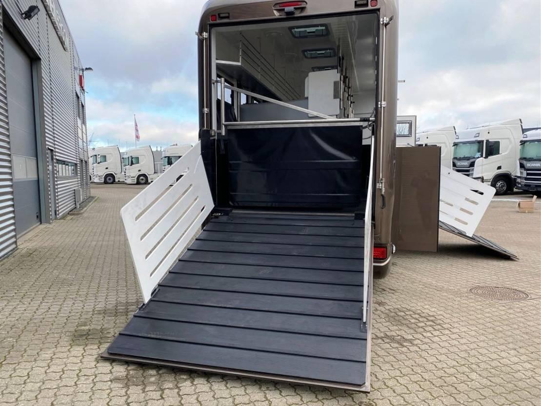 paardenvrachtwagen Scania 500S KRISMAR PROFESSIONAL 2021