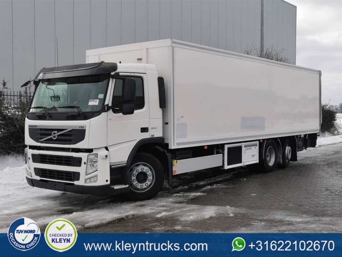 koelwagen vrachtwagen Volvo FM 11.330 eev carrier 950u mt 2011
