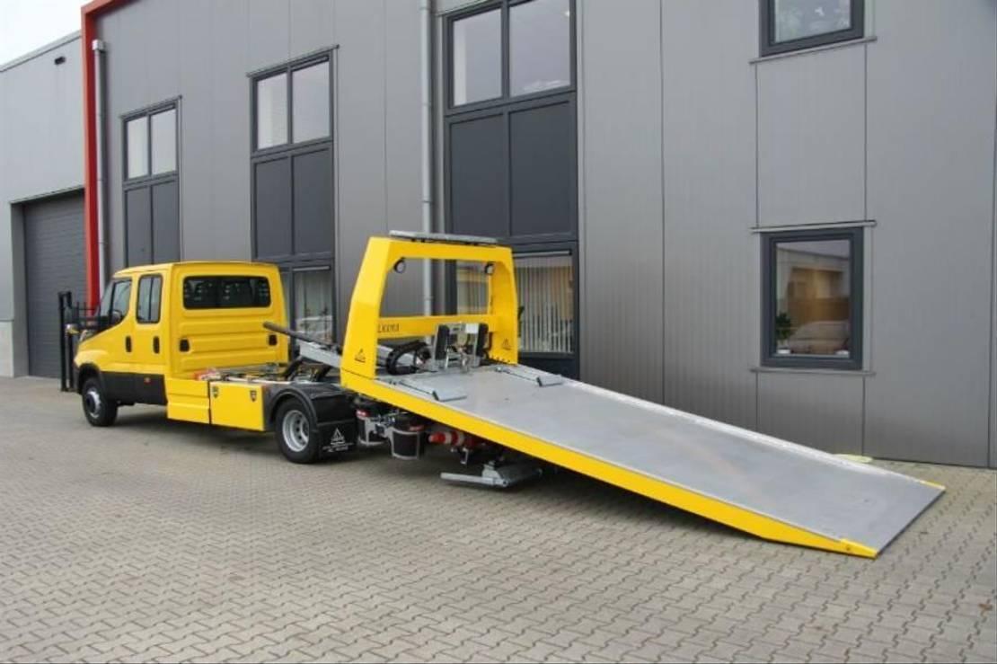 takelwagen-bergingswagen-vrachtwagen Iveco 70C18 D/P