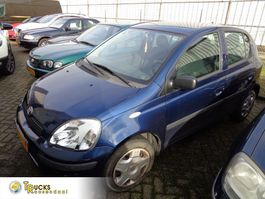 hatchback auto Toyota Yaris + Manual + Airco 2004